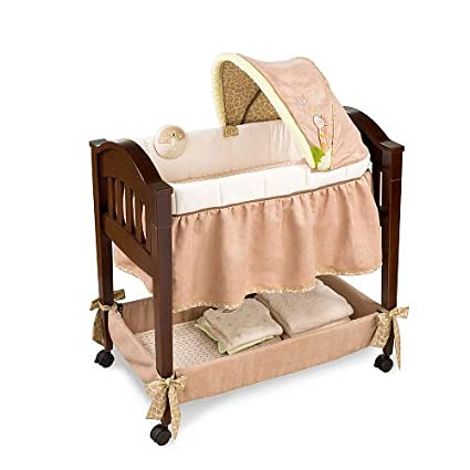 Carter's Classic Comfort Wood Bassinet