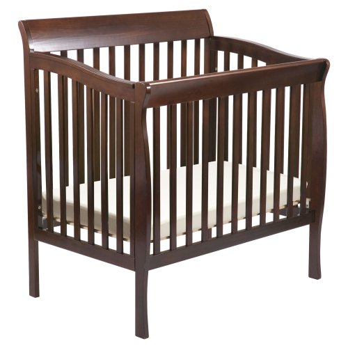 Delta Children's Products Riley Mini Crib